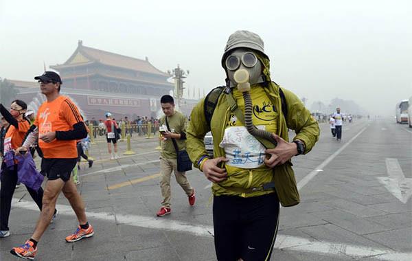 베이징 마라톤 대회 중 갑자기 쓰러진 7명…왜?