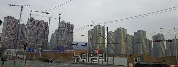 [충청브리핑] '아파트값' 대전 '폭등'‧충북 '폭락'