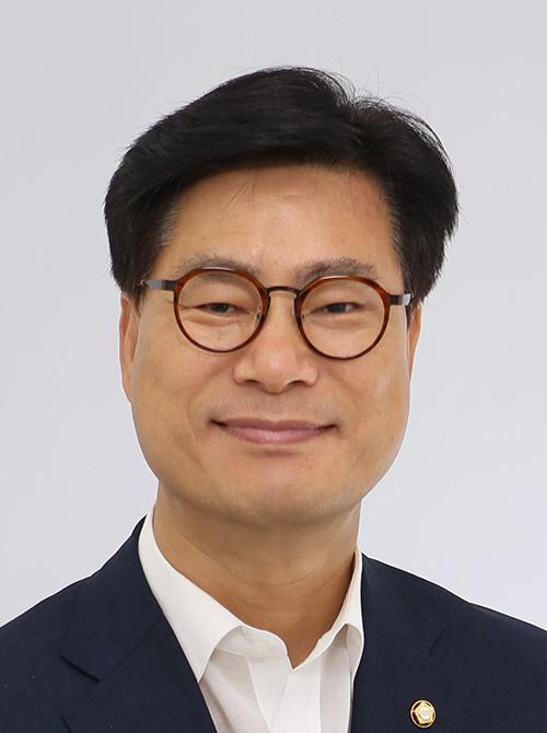 """김영식 대표 """"SKT의 '온라인 5G 요금제'가 시장 경쟁 방해 우려"""